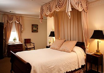 Bed in Andrew Jackson Room